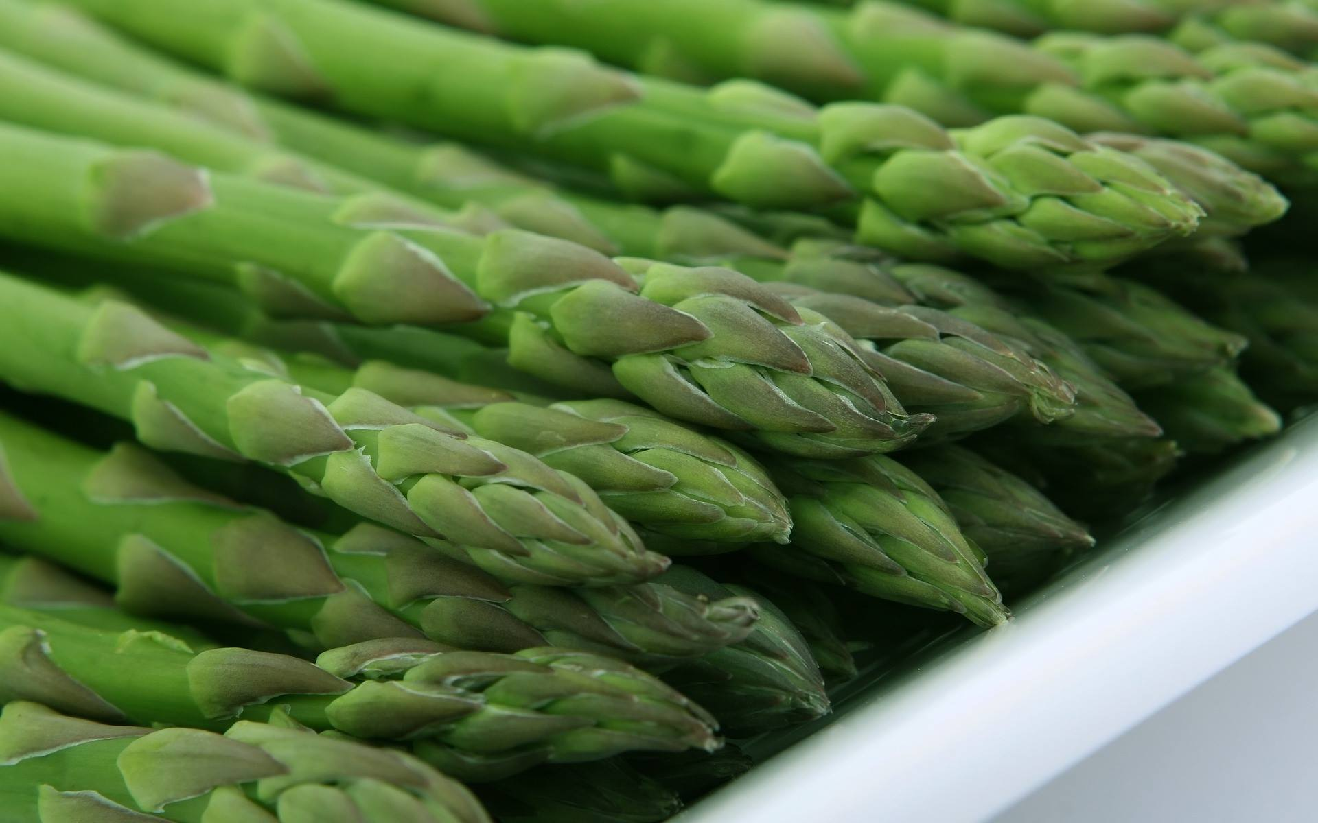 – Asparagus Wrapped In Phyllo